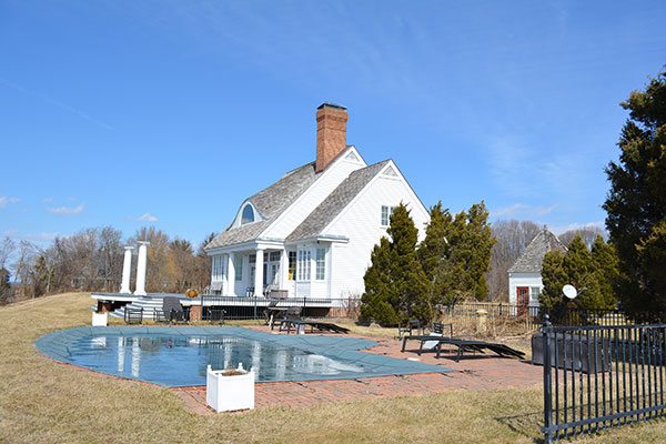 new-pool-and-house